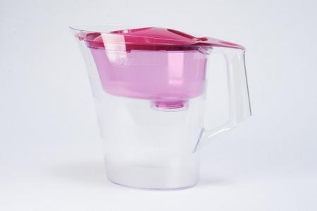 Фильтр-кувшин для очистки воды 4 л Аура Hoff. Цвет: спелая малина