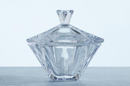 Конфетница с крышкой Метрополитен Crystalite Bohemia